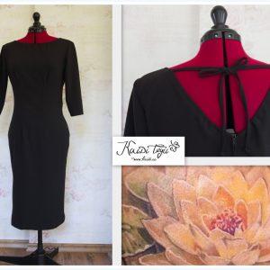 Must kleit tätoveeringuga